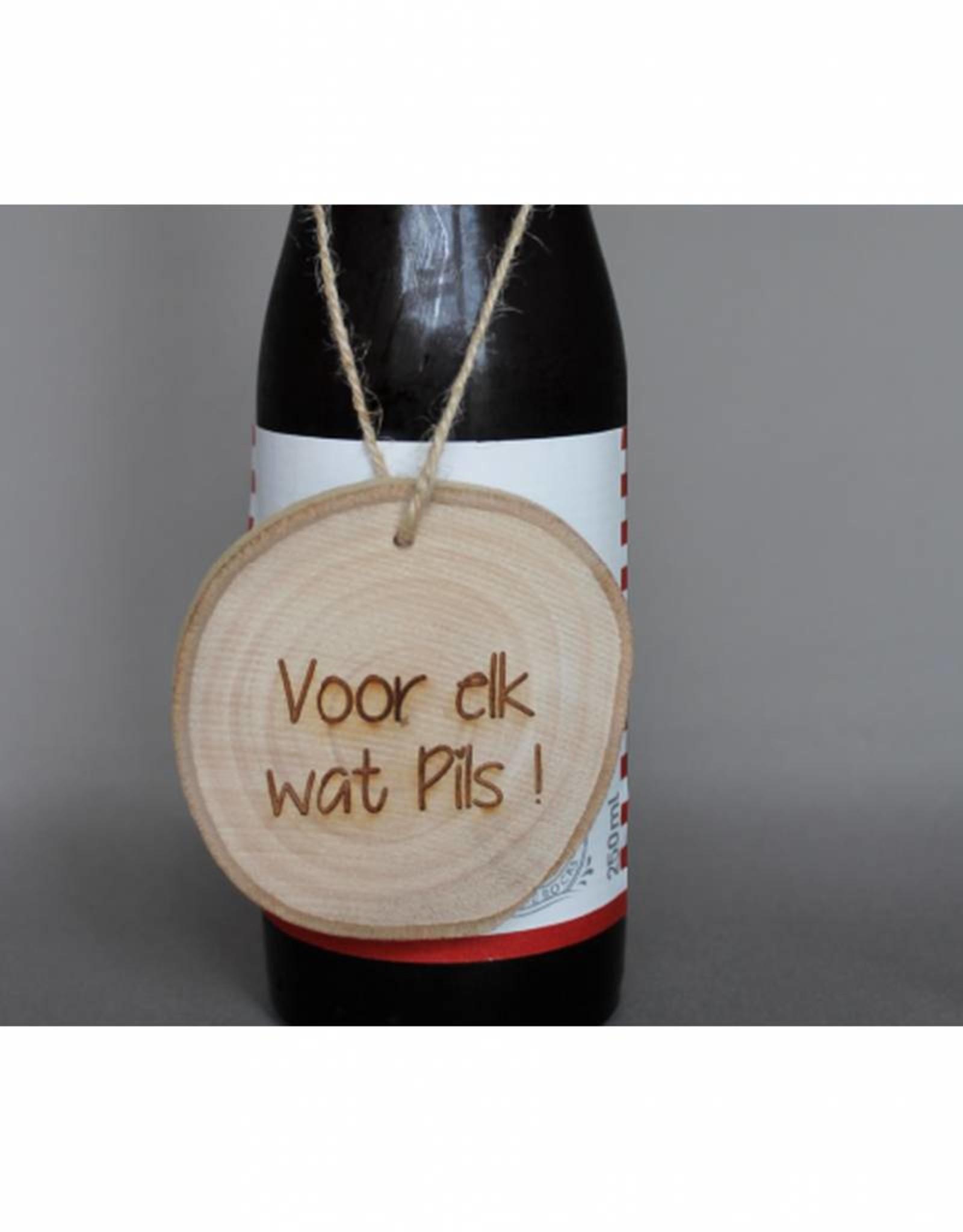 """Houten cadeau-label - """"Voor elk wat pils"""""""