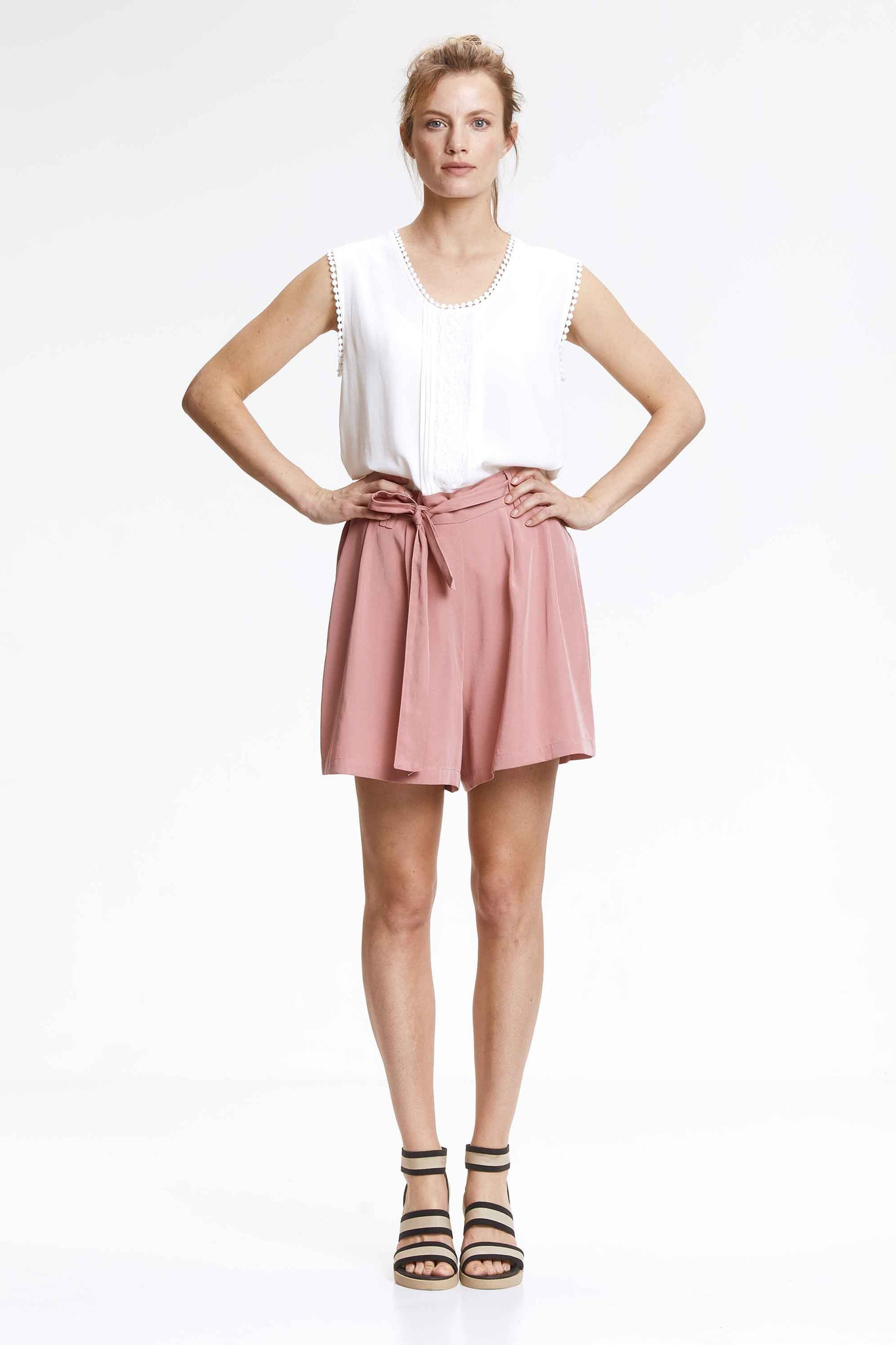 Knit-ted Veerle Short - Pink