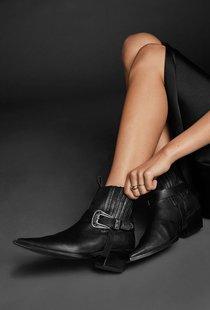 Anine Bing Rochelle Boots - Black