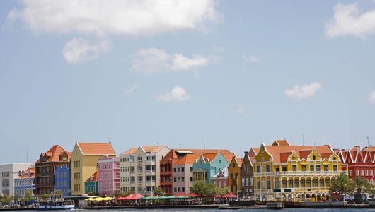 Komplette Betreuung der Grundung eines AG in Curacao / Niederlandische Antillen