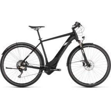 De CUBE Cross hybride fiets vind je bij Premiumbikes het voordeligst!