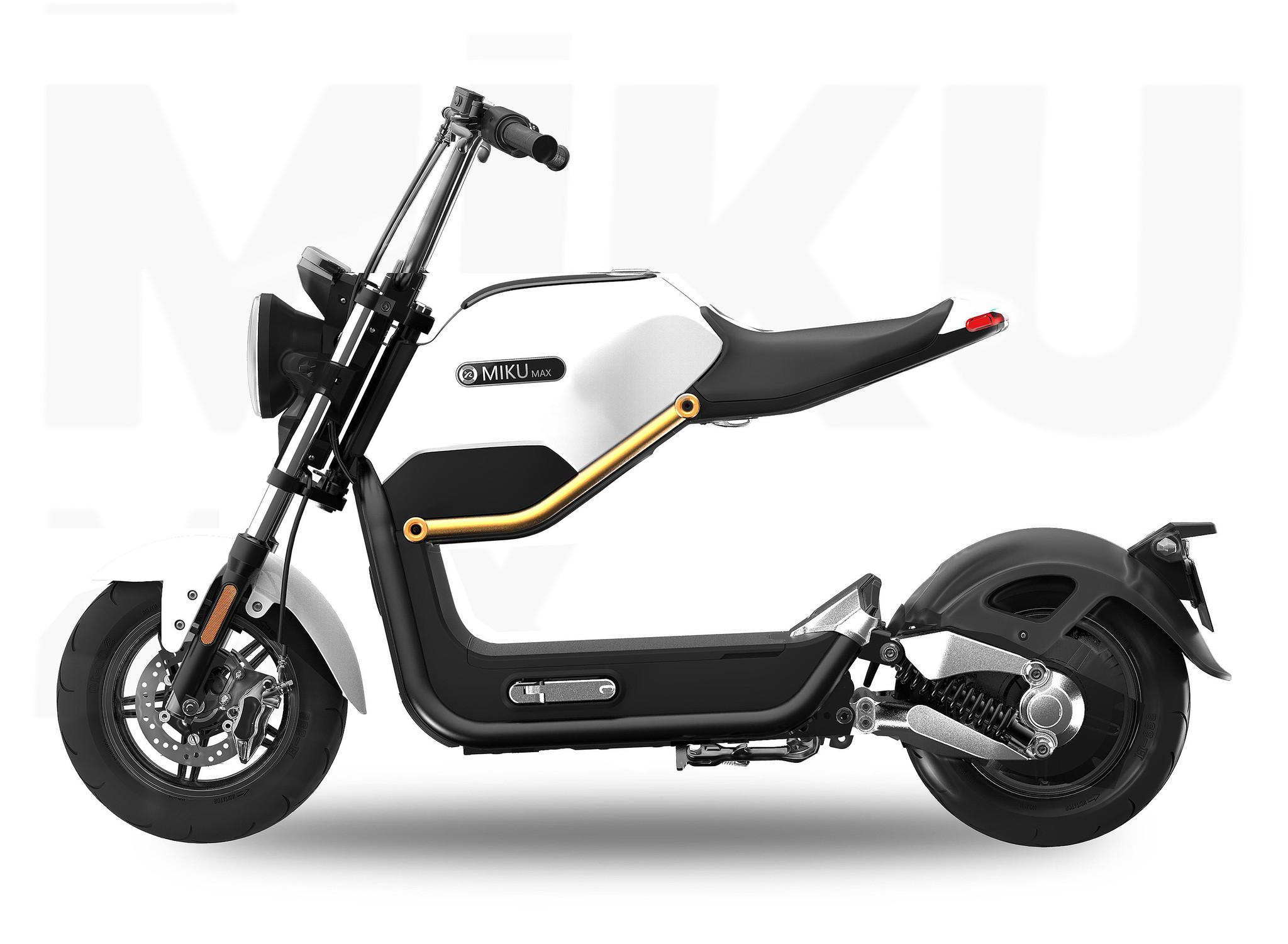 Elektro Scooter E Roller Mofa Miku Max mit Straßenzulassung