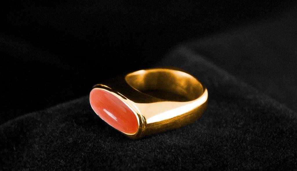 Gouden asring GEM - Bloedkoraal