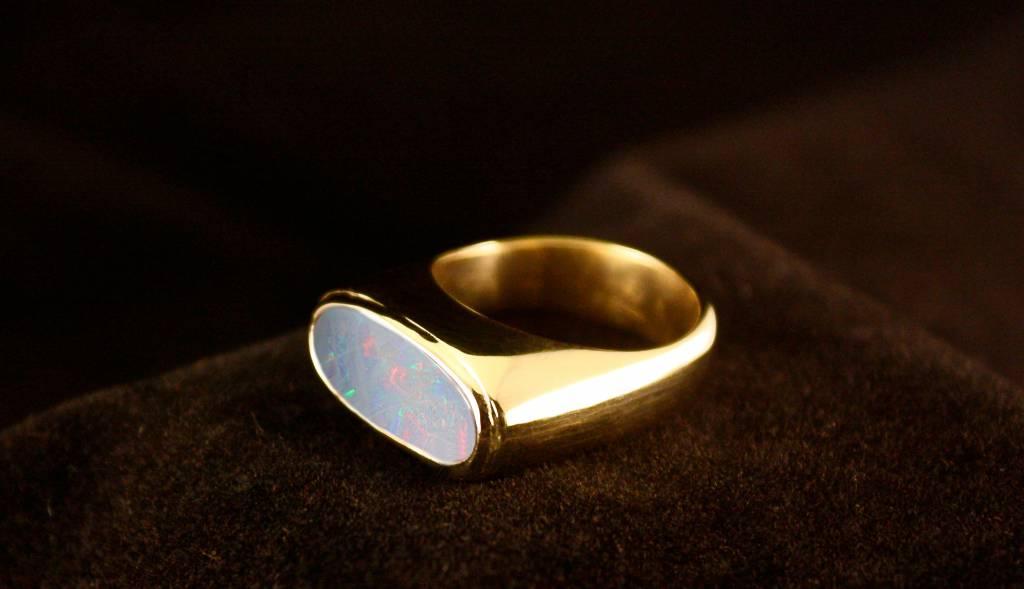 Gouden asring GEM - Opaal