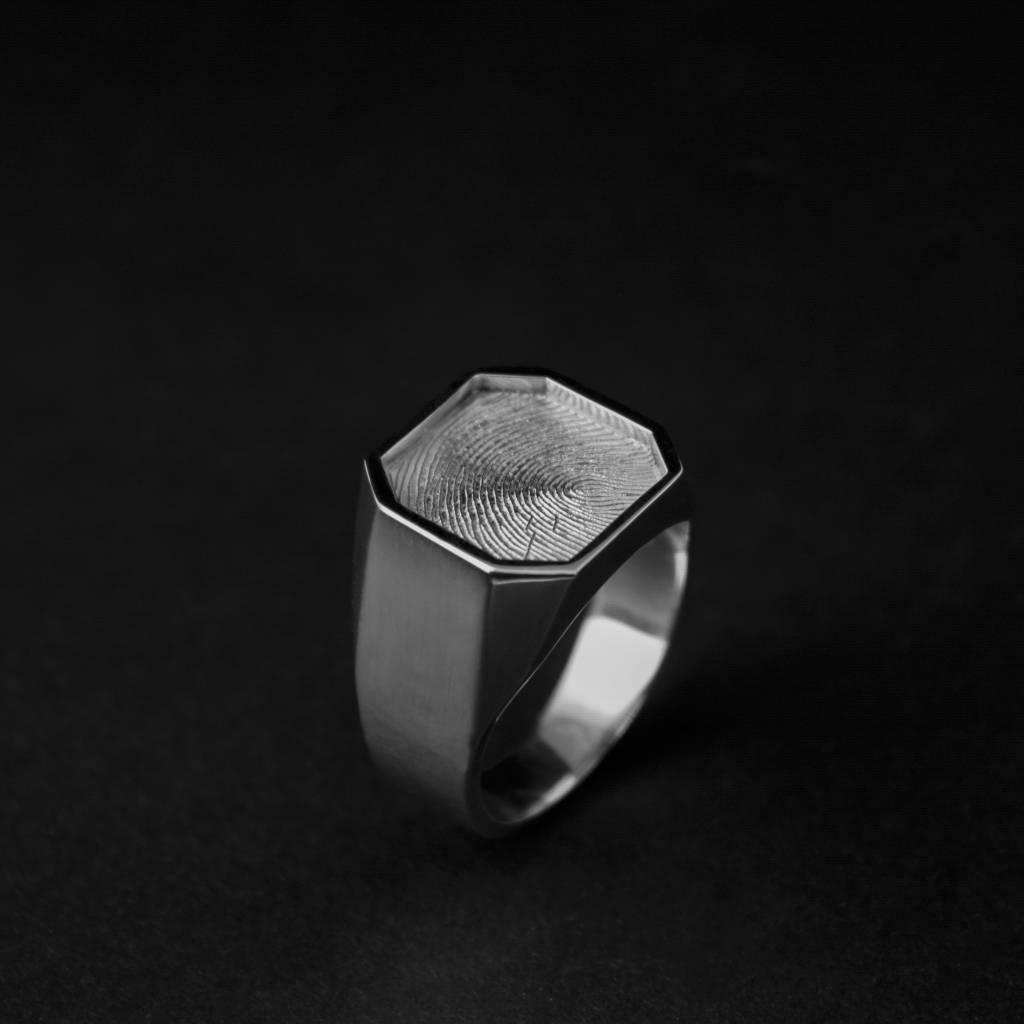 Zilveren  herenring ALTIJD - vingerafdruk-1