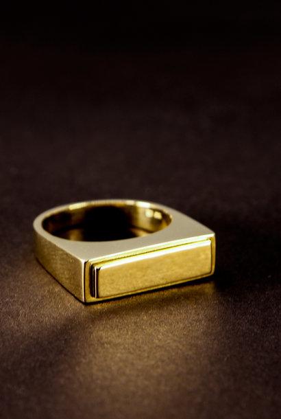Gouden heren (as)ring QUART