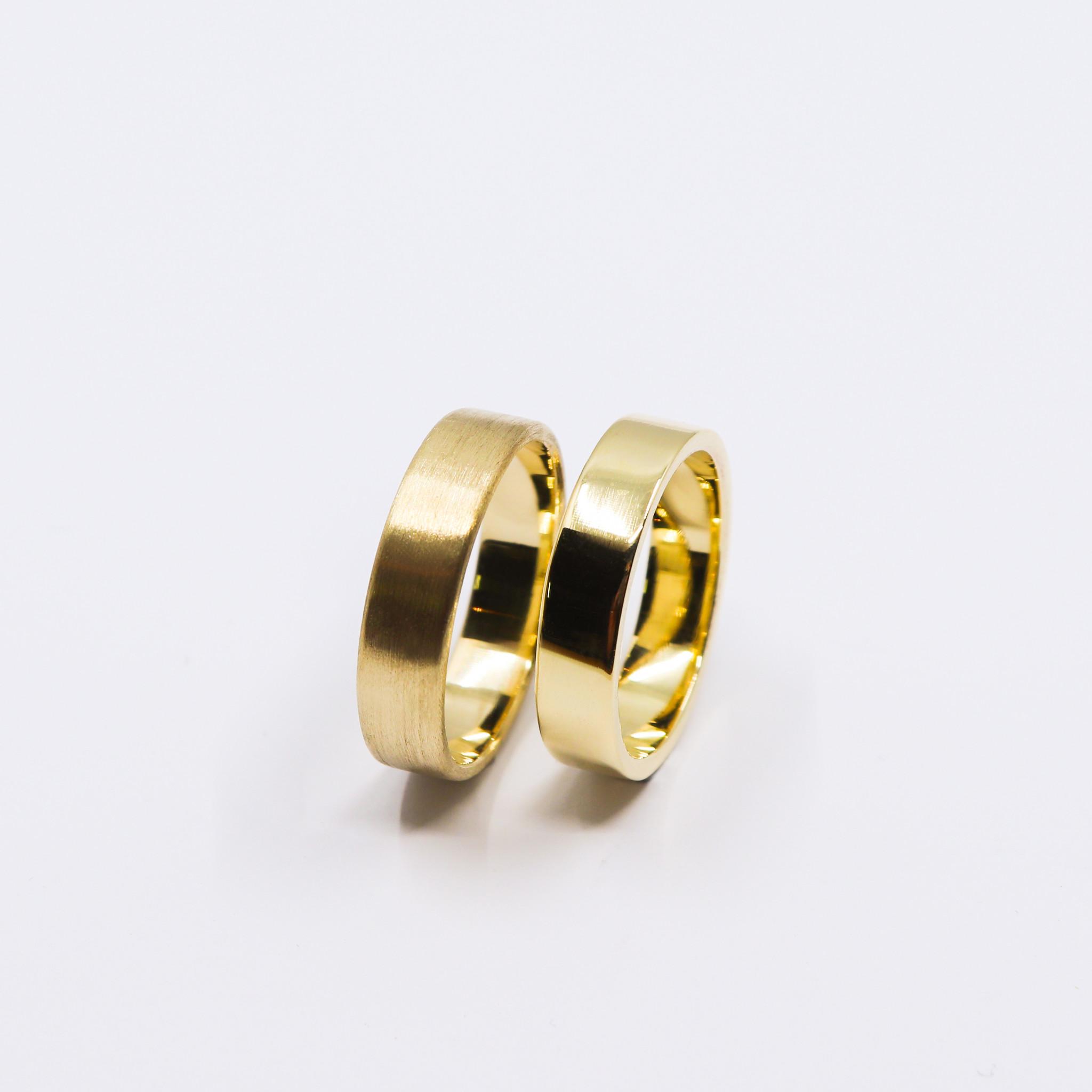 14K Gouden ring VLAK-2