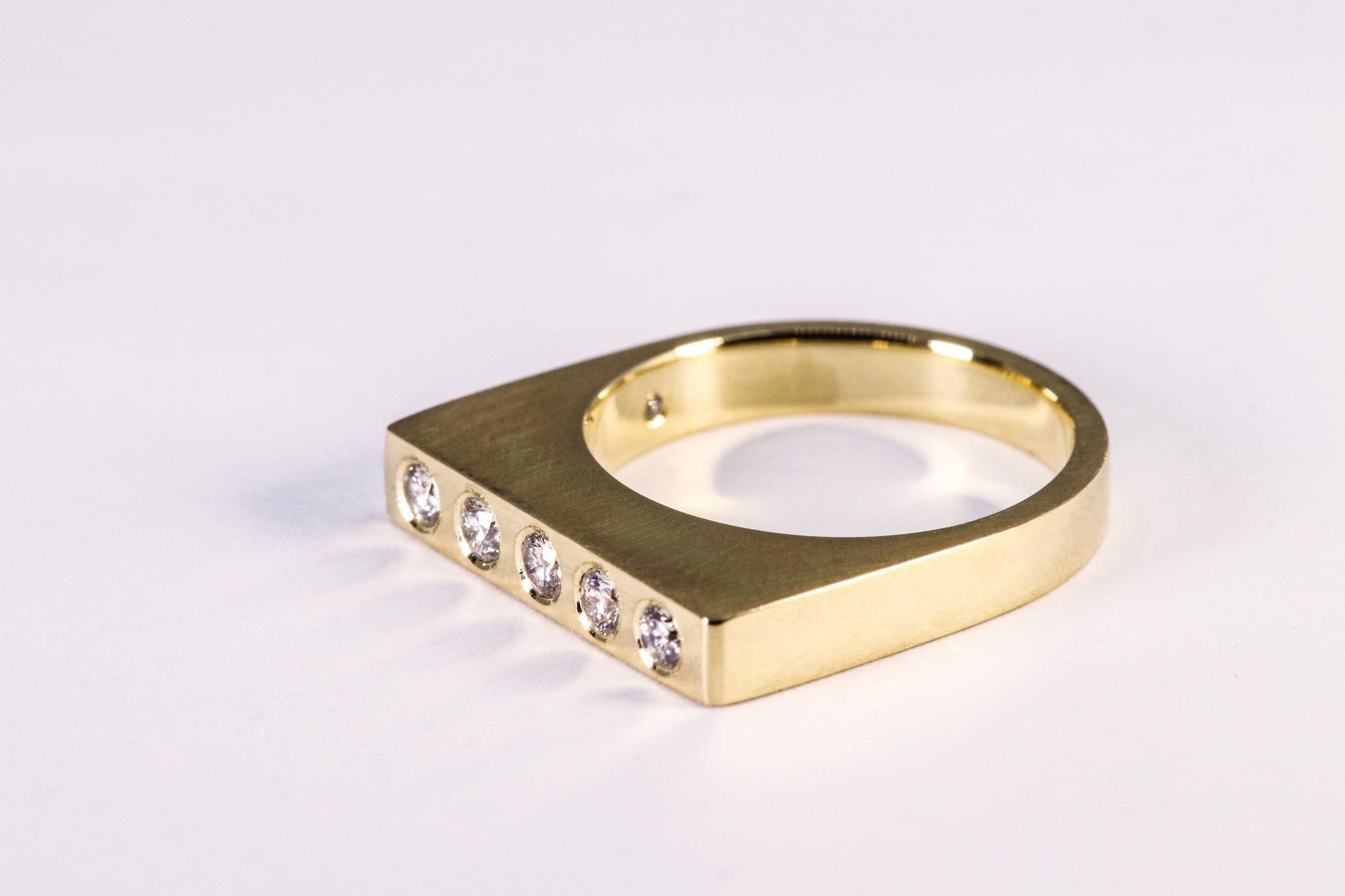 Ring SOBER, goud-1
