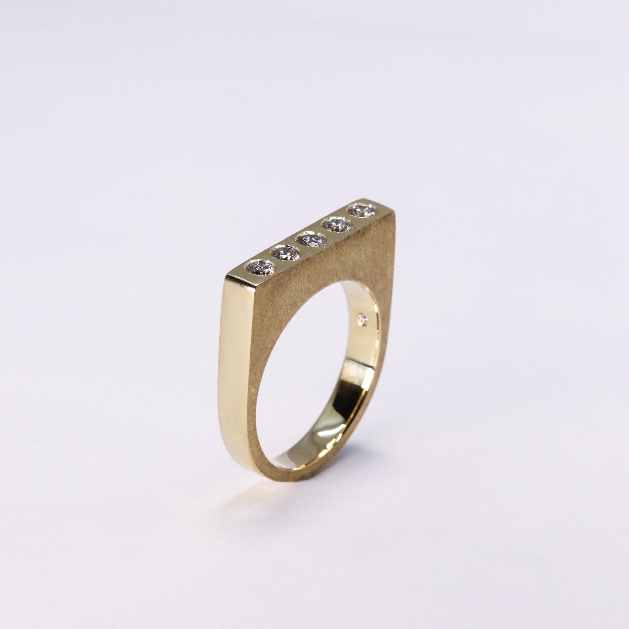Ring SOBER, goud-2