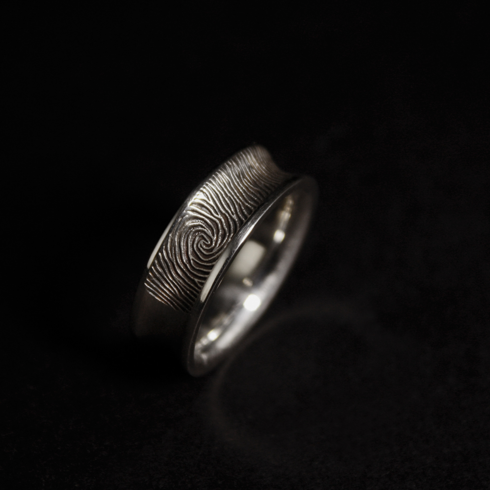Ring TROUW, platina-1