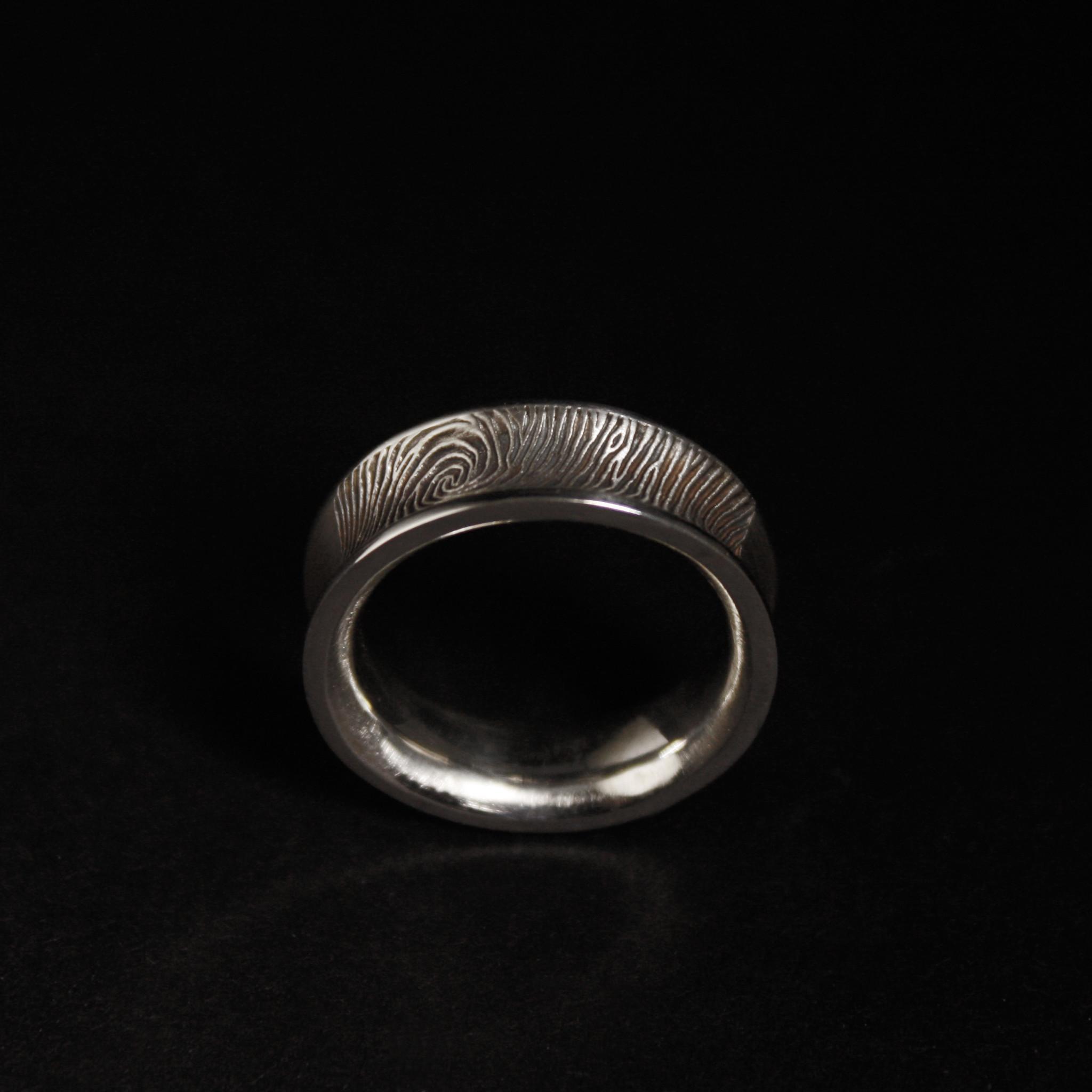 Ring TROUW, platina-5