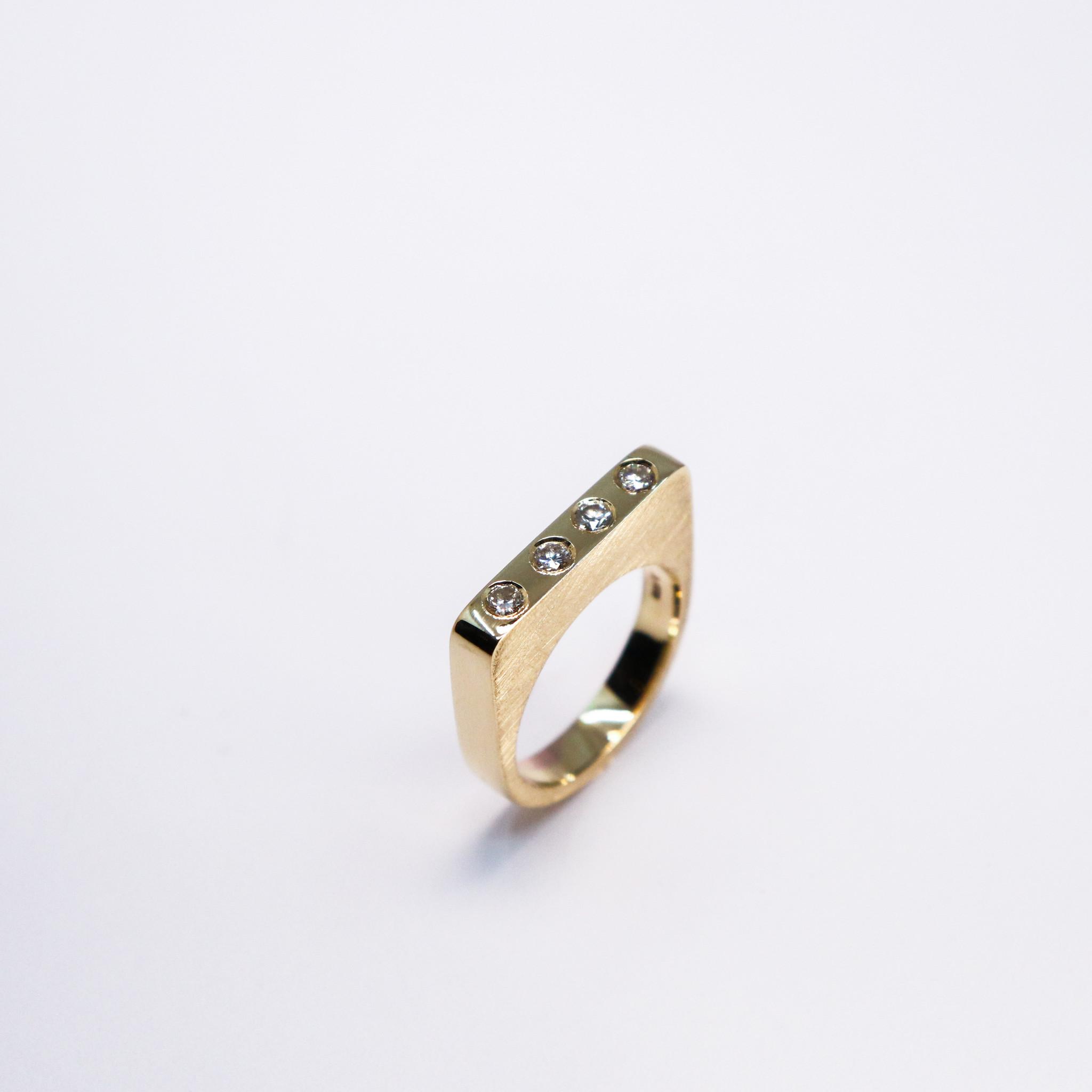Ring SOBER, goud-7