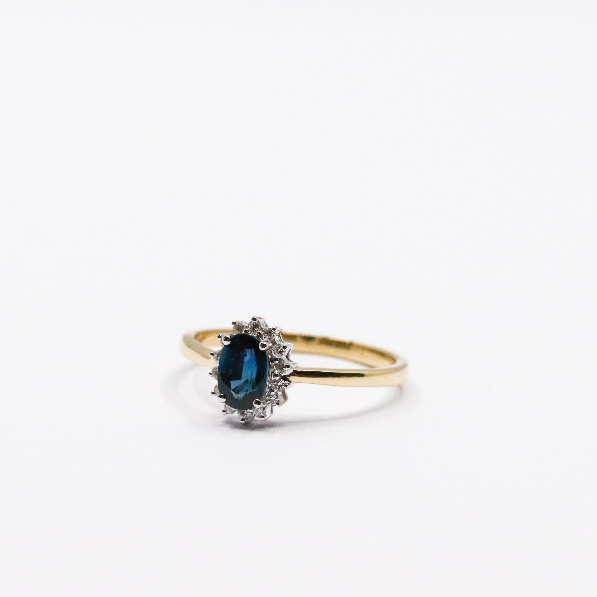 Ring ENTOURAGE, goud met saffier en diamanten-2