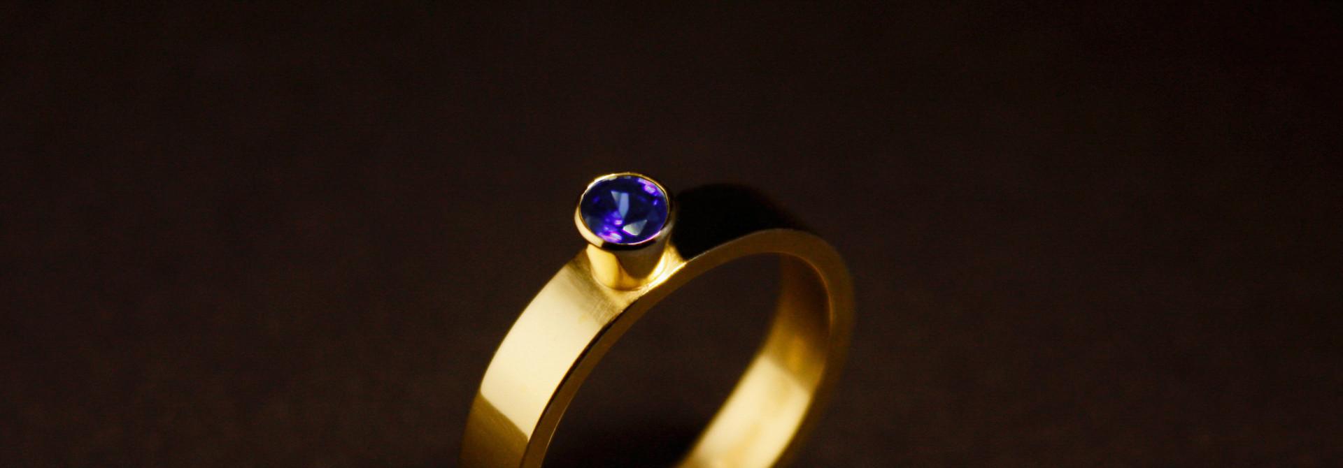 Ring WARE LIEFDE, goud