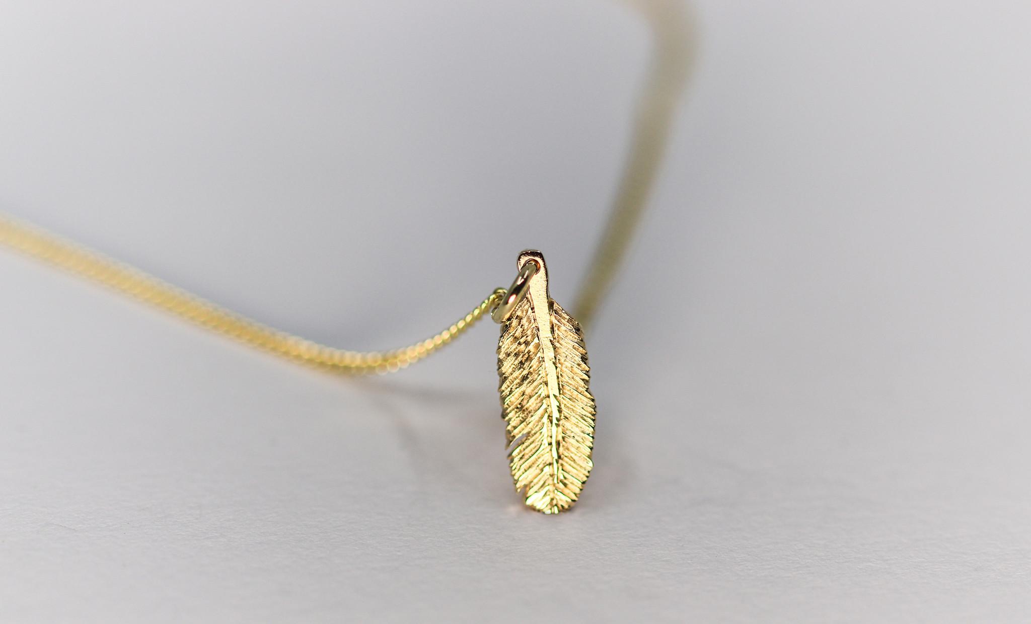Hanger VEER, goud-2