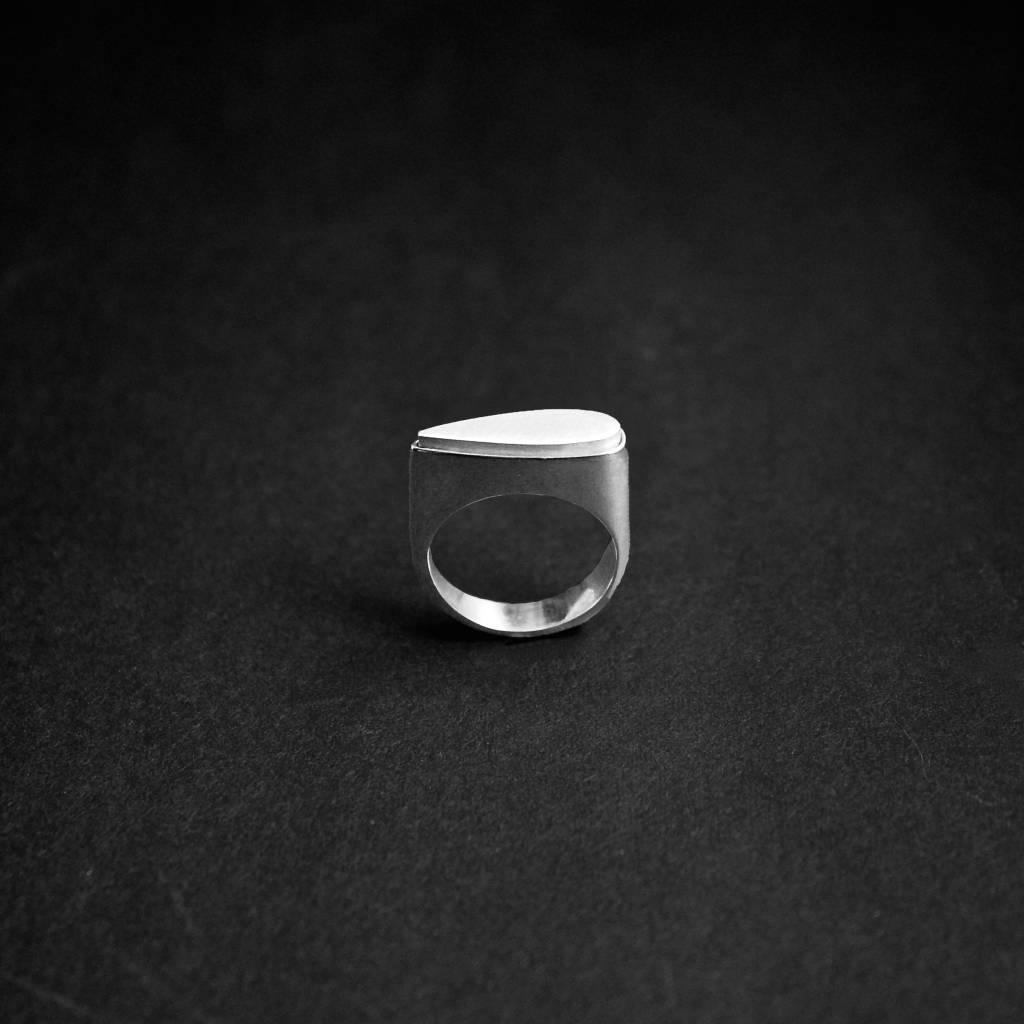 (As)ring SPAT, zilver-4