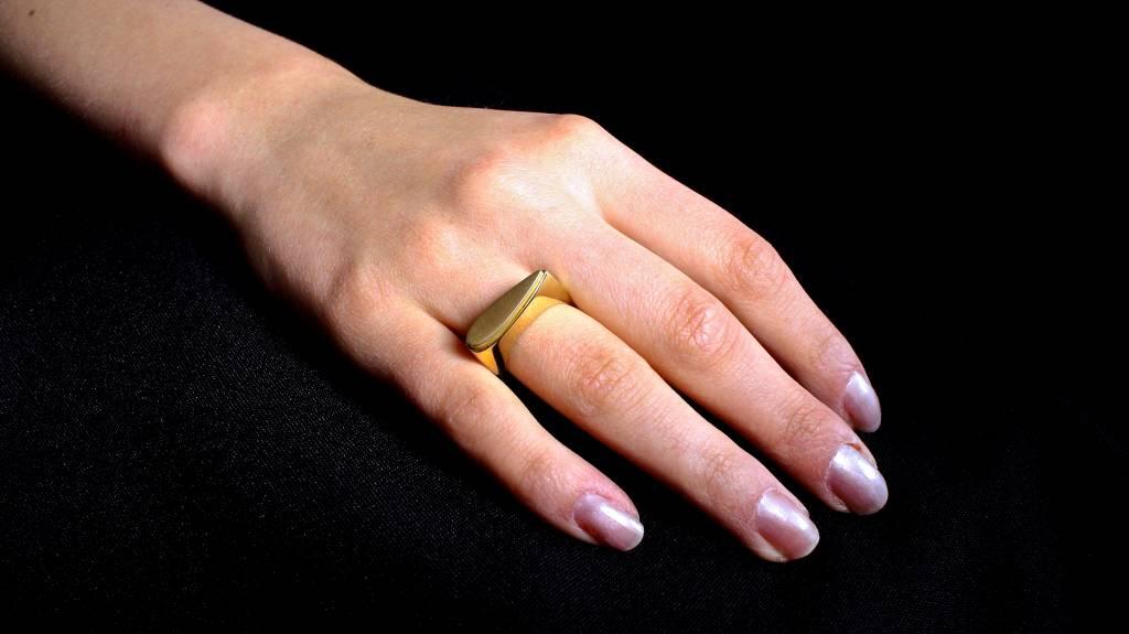 (As)ring SPAT, goud-1
