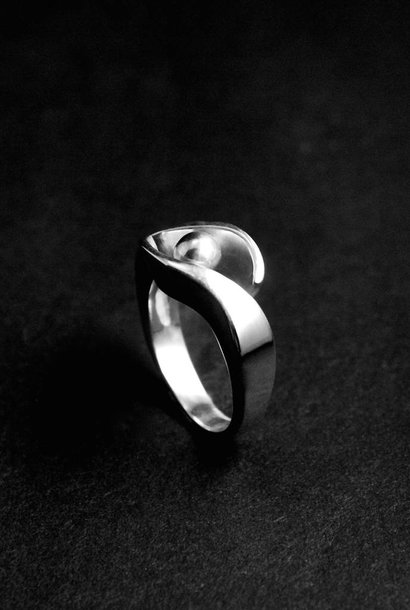 (As)ring OMARMING, zilver