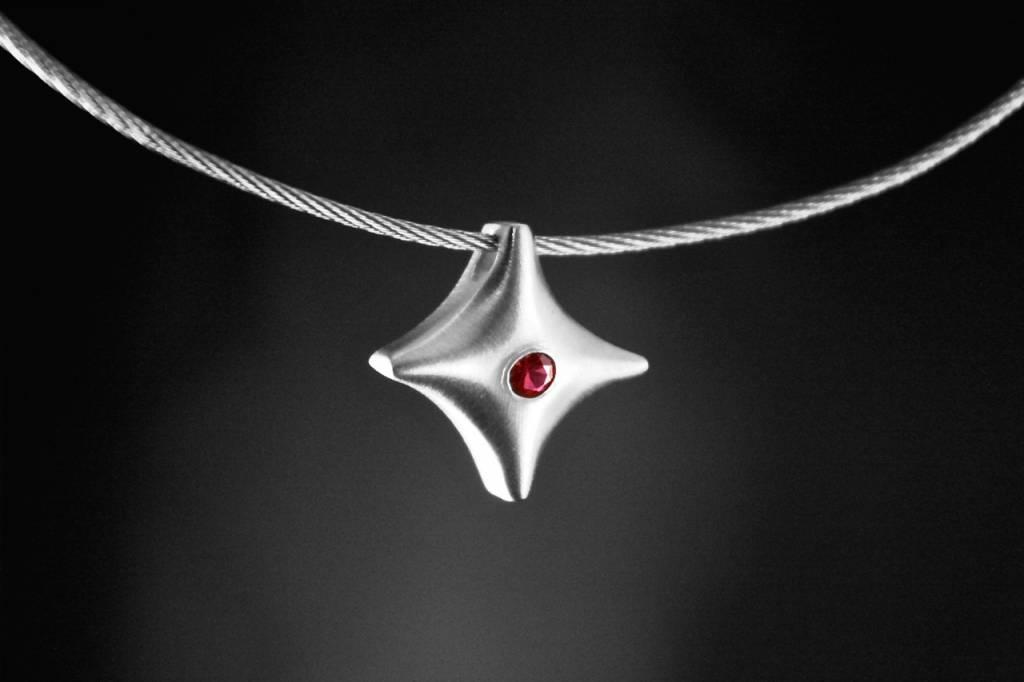 (As)hanger TWINKEL, zilver met robijn-1