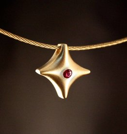Gouden ashanger TWINKEL - Robijn