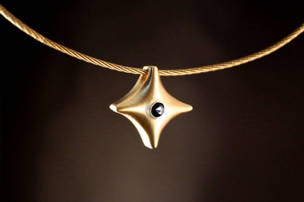 (As)hanger TWINKEL, goud met  Saffier-1
