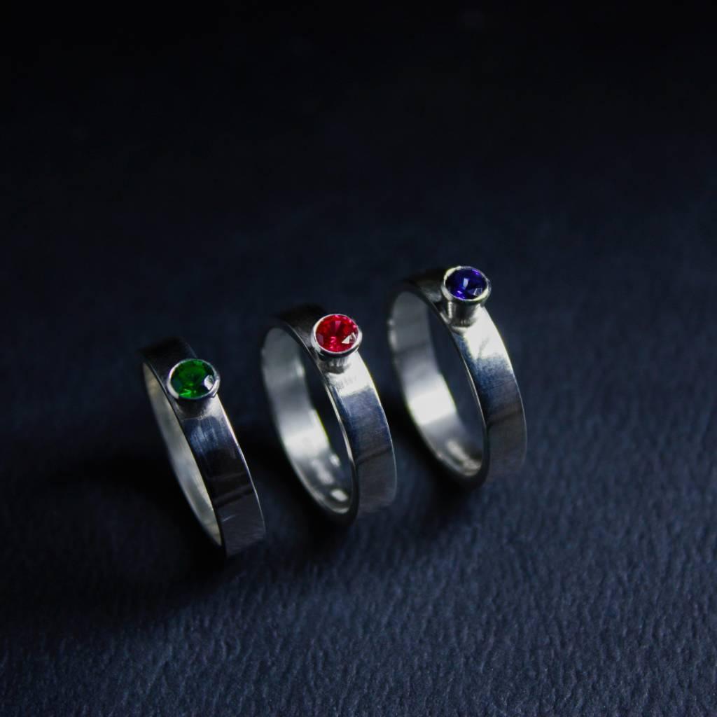 Ring WARE LIEFDE, zilver met Saffier-3
