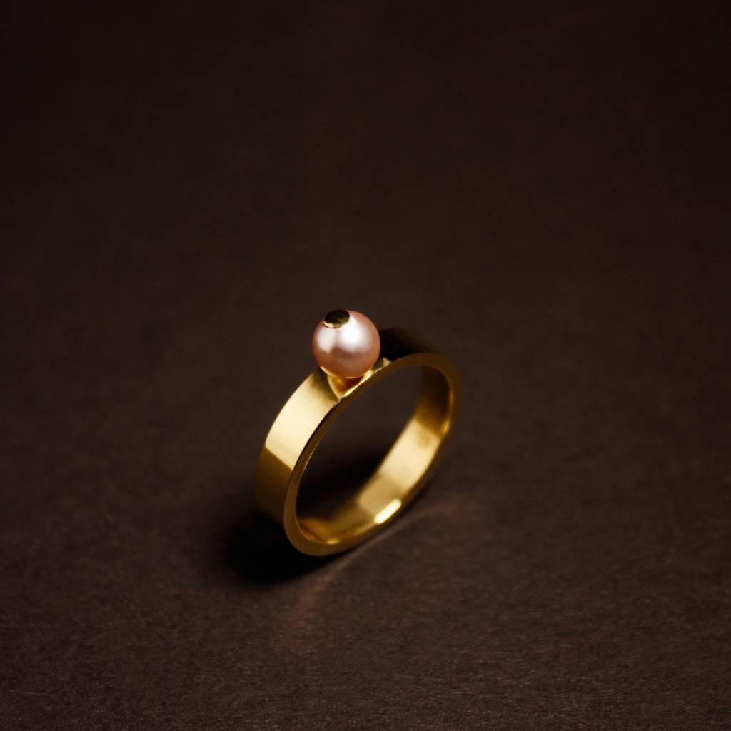 Gouden damesring PAREL - Roze