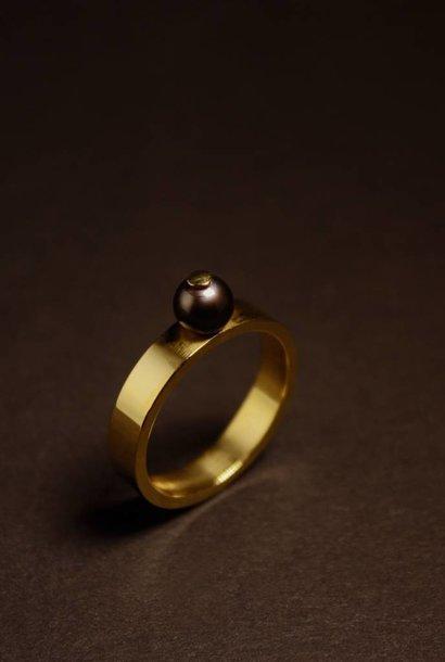 Ring PAREL zwart, goud