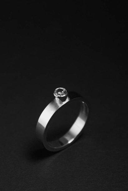 Ring WARE LIEFDE, zilver met LAB grown Diamant