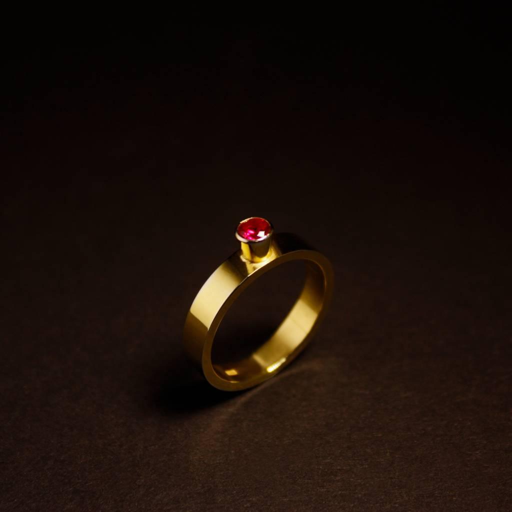 Gouden damesring WARE LIEFDE - Robijn