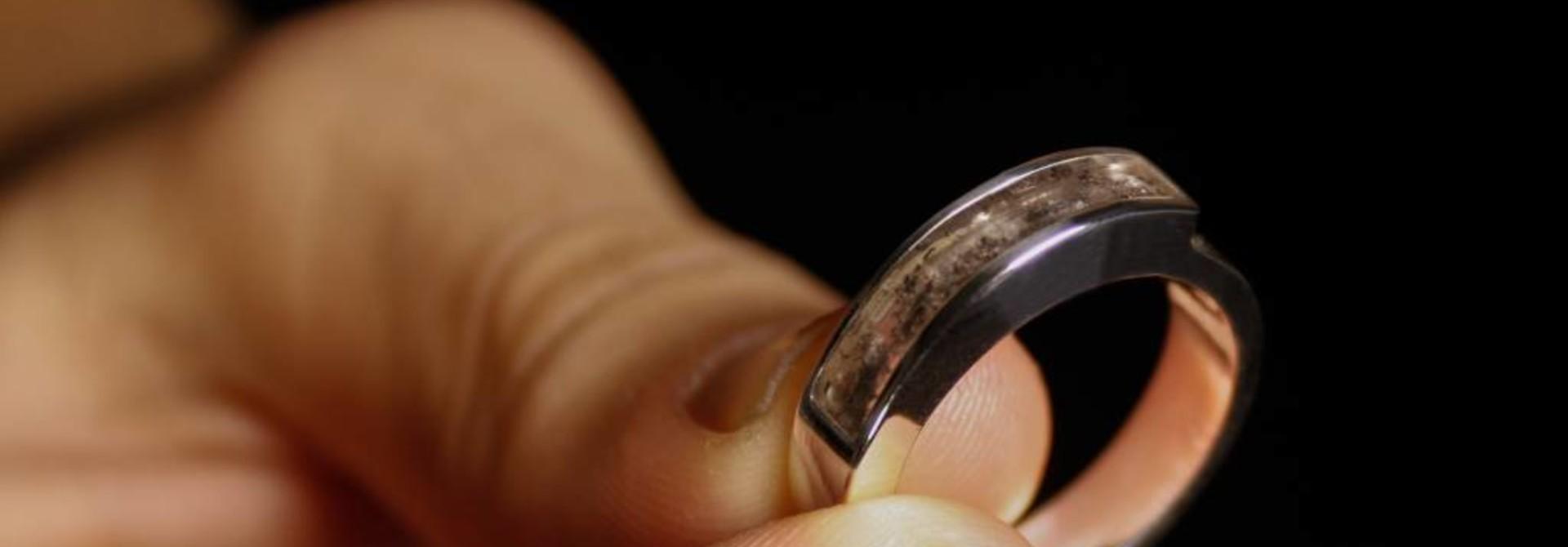(As)ring MEMORIE, zilver
