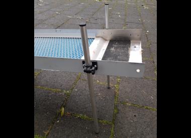 Voetklemstuk om de sluisbox/highbanker op poten te zetten 18 of 30mm