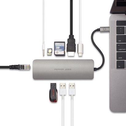 PEPPER JOBS TCH-6 ist ein USB-C 3.1 zu USB 3.0-Hub mit Gigabit Ethernet, USB-C-Ladeanschluss, SD- & TF-Kartenleser, HDMI-Ausgang und USB Audio.