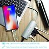PEPPER JOBS TCH-5 est un appareil USB-C 3.1 à USB 3.0 avec Gigabit Ethernet, un port de chargement USB-C et une sortie HDMI multiport. Argent