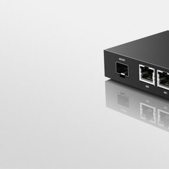 Ubiquiti Networks ER-X-SFP bedrade router Ethernet LAN Zwart