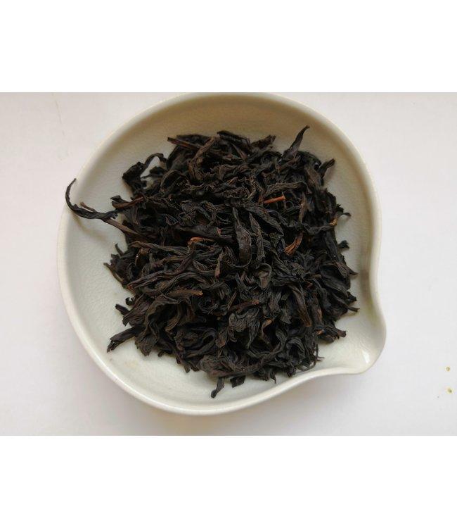 Oolong tea Wuyishan Yancha wild aged Dahongpao (Big Red Robe) 1998