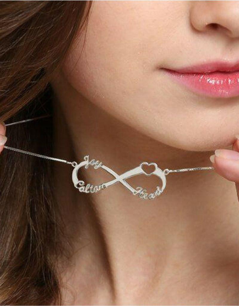 Gegraveerde sieraden Infinity necklace 'Love my 3 kids'