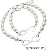 Sieraden graveren Zilveren Armbanden Set 'Infinity Pearls' met Gravure