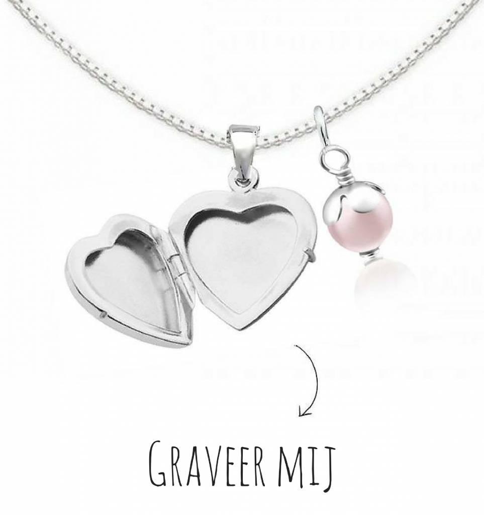 """Silver necklace 'Medaillong """"engraved"""