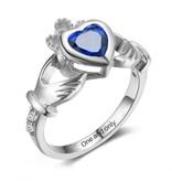 Gepersonaliseerde sieraden Gepersonaliseerde ring 'Claddagh' met geboortesteen