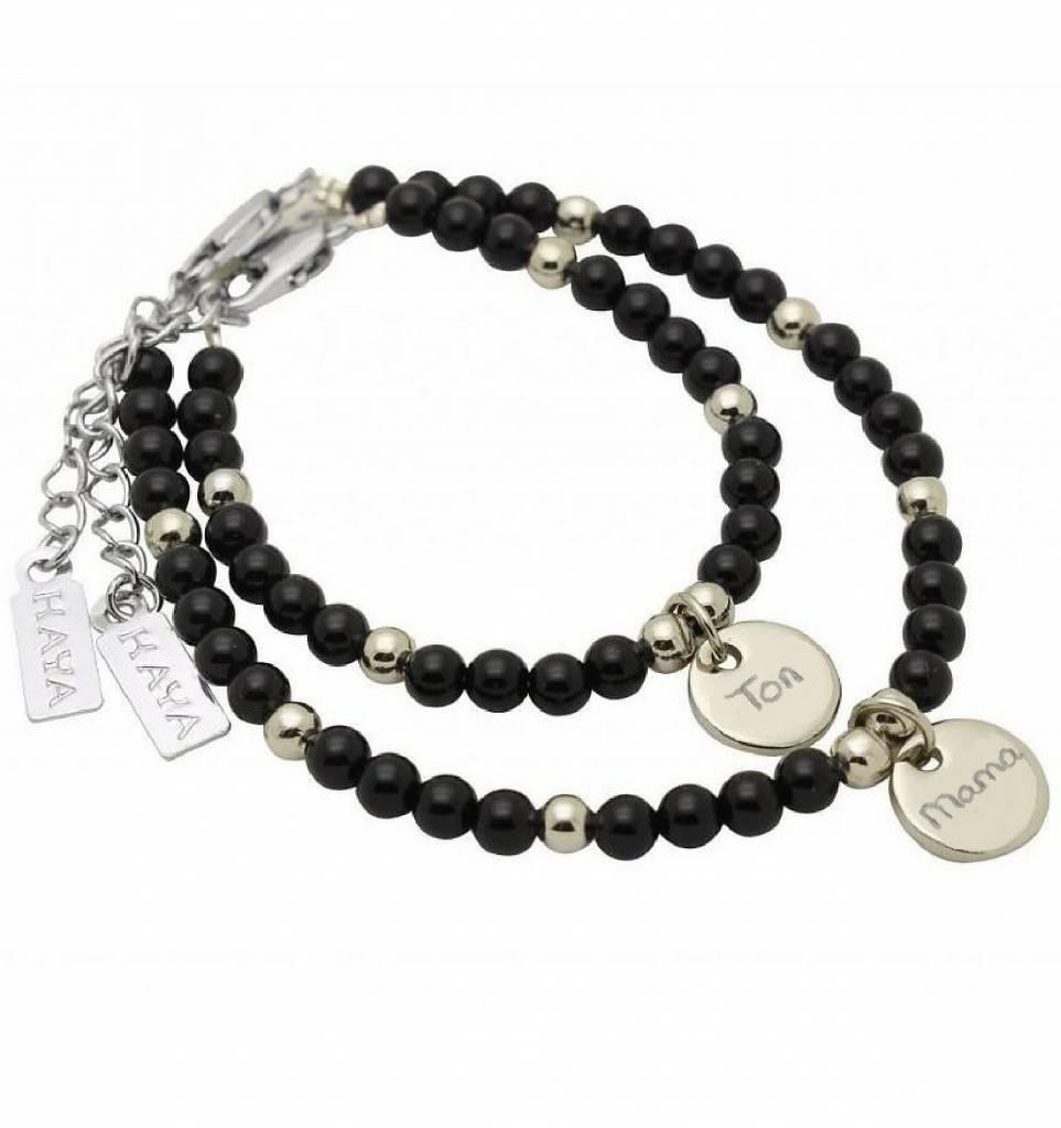 KAYA sieraden Moeder & zoon armbanden 'Black Onyx' met graveerbedel