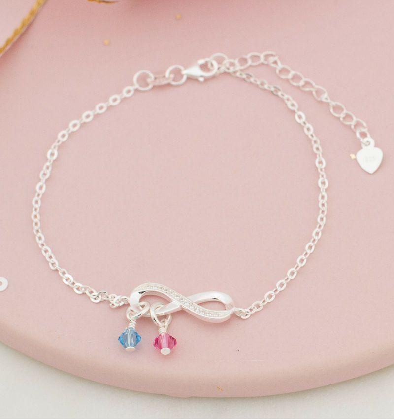 KAYA sieraden Zilveren armband 'Infinity Crystal' met  Swarovksi® geboortekristallen