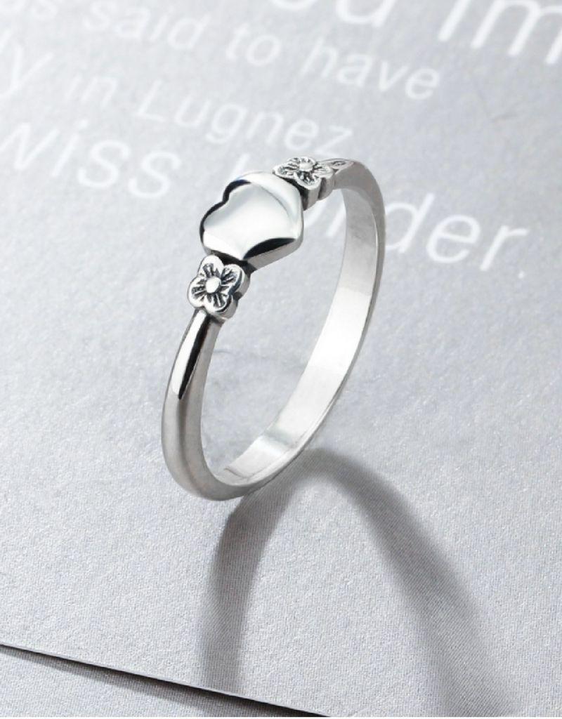 KAYA Zilveren ring 'heart' met initiaal