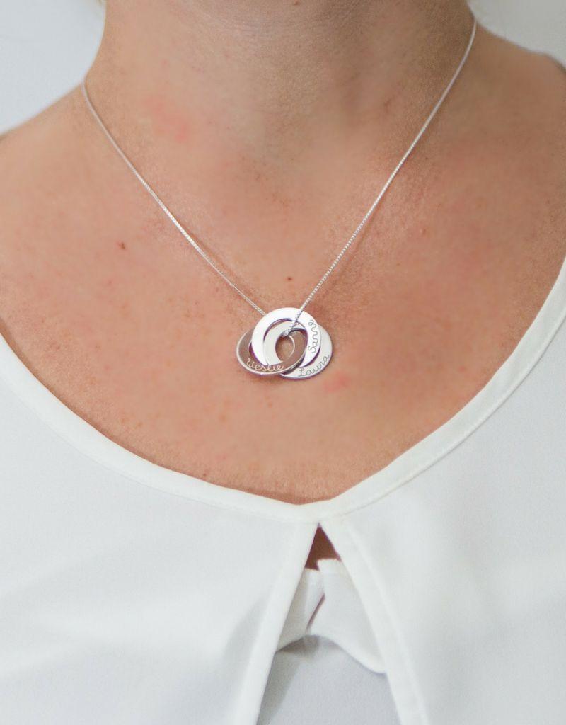 Zilveren gepersonaliseerde ketting 'Vervlochten Cirkels