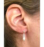 KAYA Silver Pearl Earrings 'Sparkles White'
