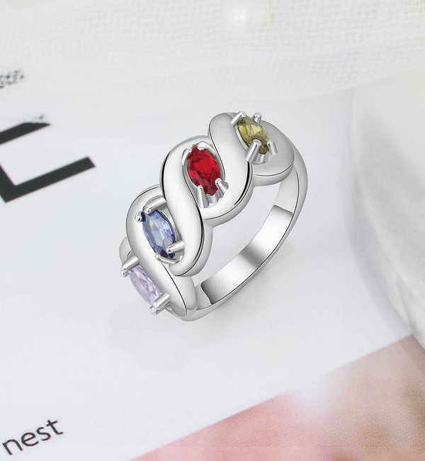 Gepersonaliseerde sieraden Personalized ring '4 hearts' with birthstones - Copy