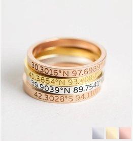 Initiaal ring met Geboortesteen Gepersonaliseerde ring 'Coördinaten'