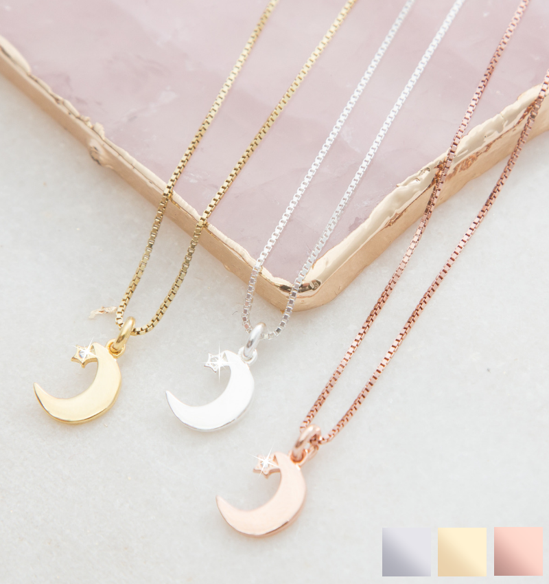 Gift box with necklace 'I love you to the Moon & Back'