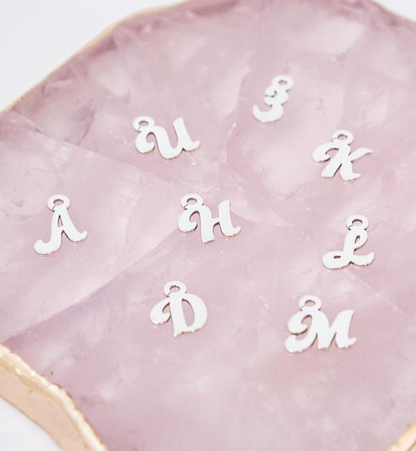KAYA sieraden Zilveren Mini Letterbedeltjes