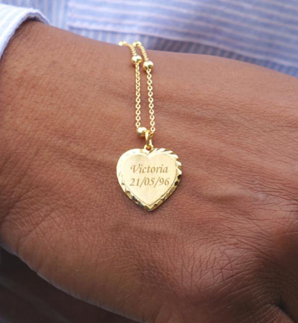 Sieraden graveren Goldplated necklace 'Vintage Heart'